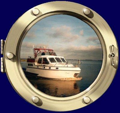 Yachtcharter Wester - Westercharter, uw motorboot verhuurder in hartje Friesland vanuit het dorpje Akkrum te midden van de Friese meren en prachtige Friese dorpjes en natuurlijk de elf steden bekende van de Elfstedentocht.